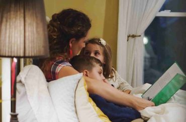 Raising a Reader | Homeschool Panda's Top 5 Tips for Parents
